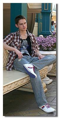 мужские джинсы в стиле винтаж.